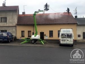 1_čištění_střechy